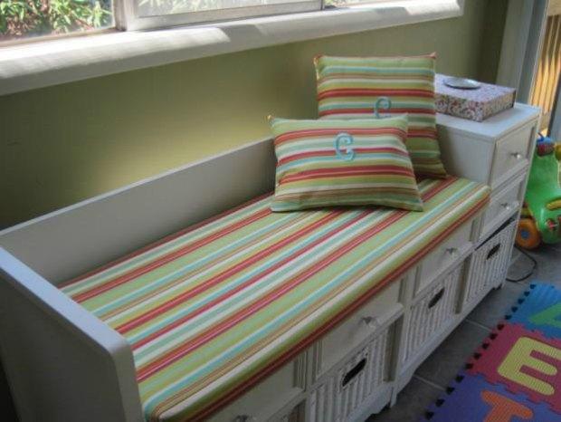 Indoor storage bench