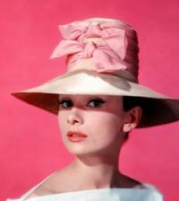 audrey-hepburn-wide-brim-hat