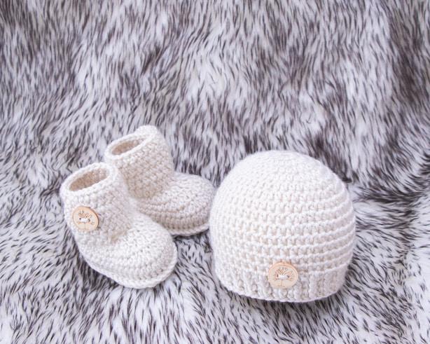 baby-beanie-hat-and-socks