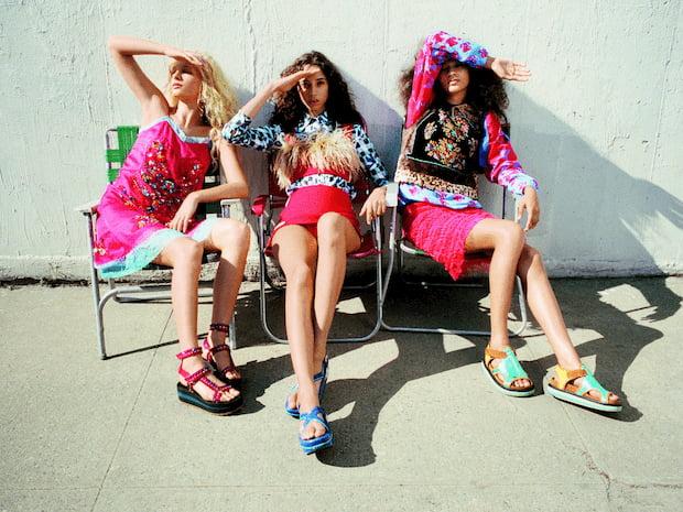 ladies-in-sandals