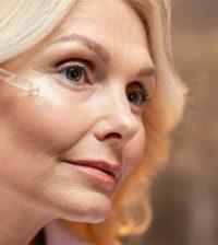 oily-skin-essential-oils-skincare