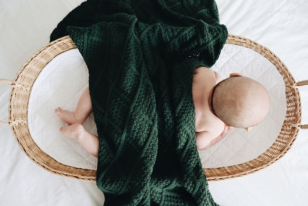 knitted comforter