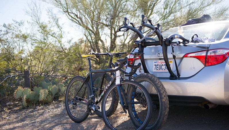 rear-mounted bicycle carrier