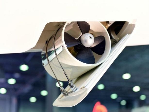 Dual-Propeller-Bow-Thruster